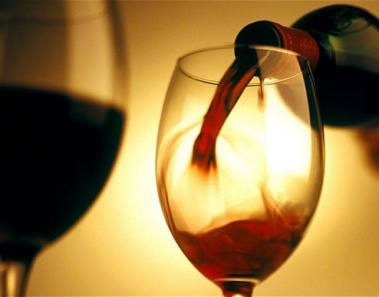 5 Health Benefits of Drinking Wine This Christmas