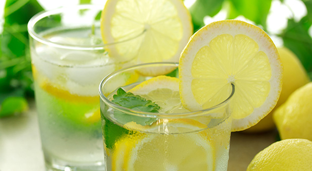 7 Health Benefits Of Lemon Water And Side Effects