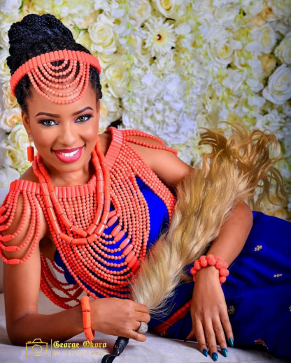 10 Gorgeous Traditional Nigerian Bride Attires For