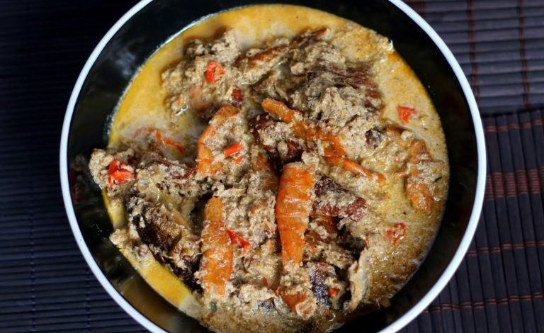 How To Make Egusi Pepper Soup By Sisi Yemmie