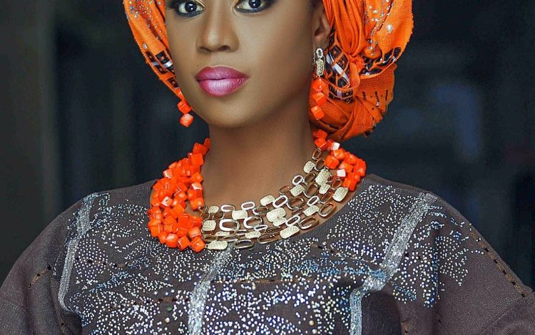 Selly Galley Looking Extra Beautiful In Nigerian Attire (Photos)