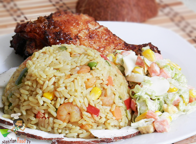 You Will Learn How To Make Coconut Rice After Seeing These Photos