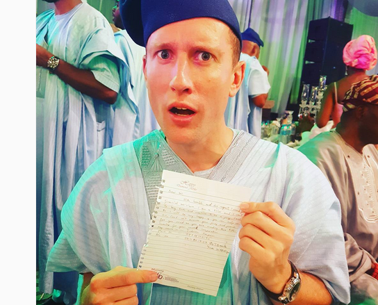 Man Is Shocked To Receive Note Asking For Financial Assistance From A Waitress At a Nigerian Wedding